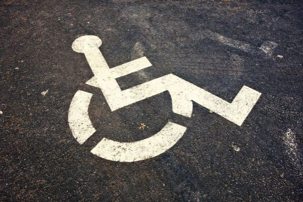 Организациите на хора с увреждания настояват за нови стандарти за медицински изделия