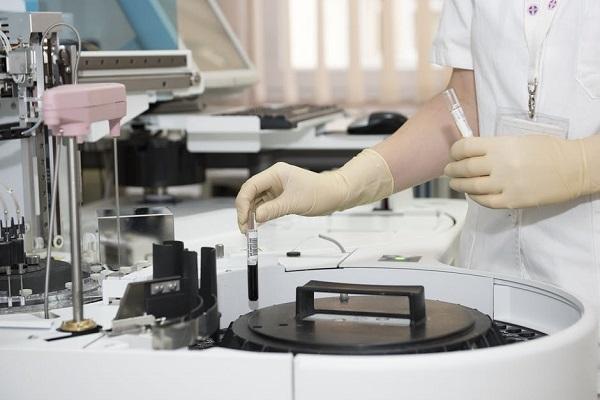 10 000 нови пациенти се включват ежегодно в клинични изпитвания у нас
