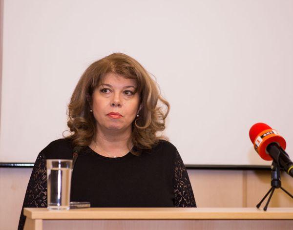 Илияна Йотова: На 100 000 работещи у нас има под 10 специалисти по трудова  медицина