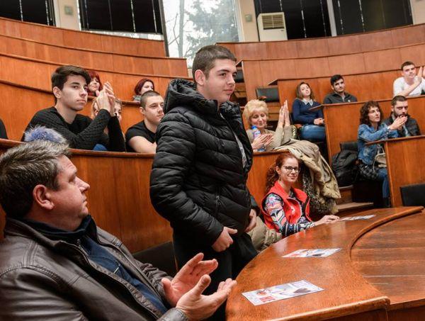 УМБАЛ Бургас с кампания за абитуриенти