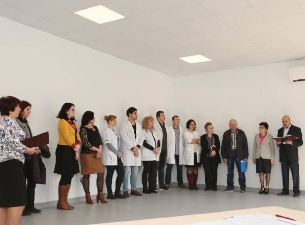 Изцяло модернизираха учебна зала във Факултета по фармация на МУ-Пловдив
