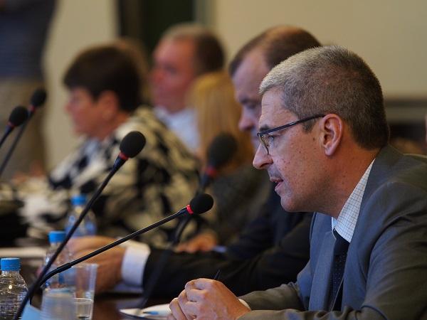 Приеха със скандал промените в закона за съсловната организация на магистър-фармацевтите