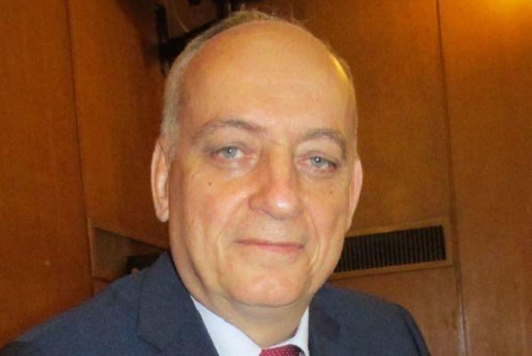 БСП иска Ананиев да обясни в парламента за закриването на отделения